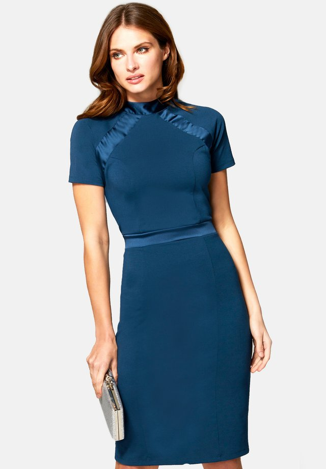 TURTLE NECK DRESS - Korte jurk - woodland teal