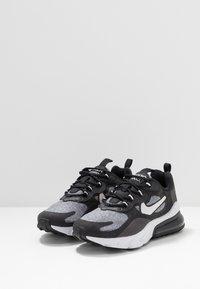 Nike Sportswear - AIR MAX 270 REACT - Sneakers basse - black/vast grey/off noir/white - 3