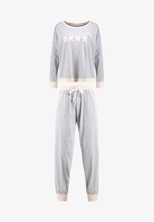 Pyjama set - pale grey heather
