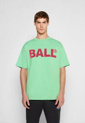 BALL CPH FLOCK  - T-shirts med print - bright green