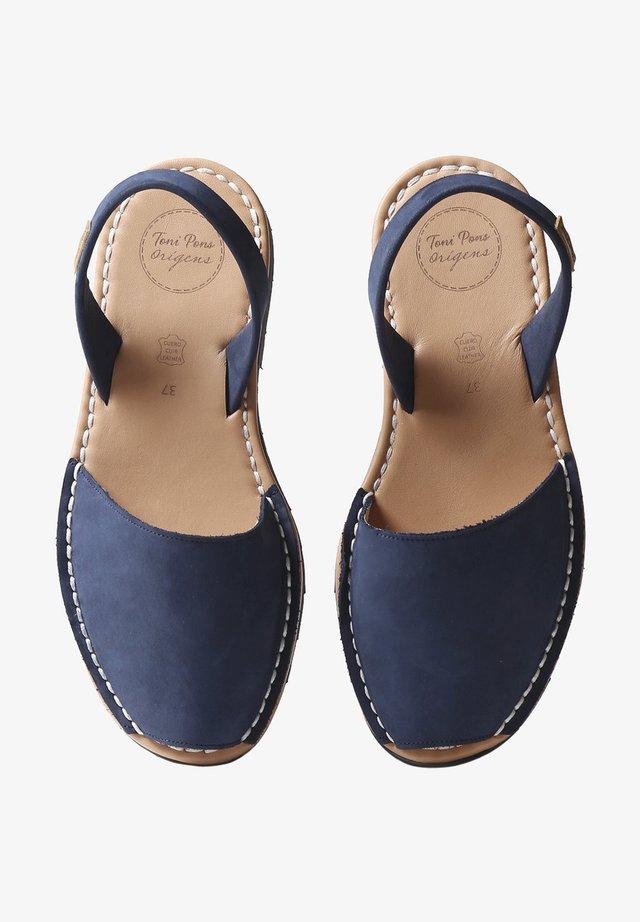 Sandaalit nilkkaremmillä - navy