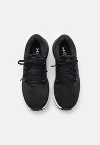Under Armour - CHARGED VANTAGE  - Zapatillas de running neutras - black - 3