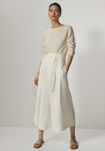 MIT SCHLEIFE - Pantalon classique - white