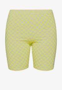 Vans - QUANTUM BIKE - Shorts - lemon tonic - 3