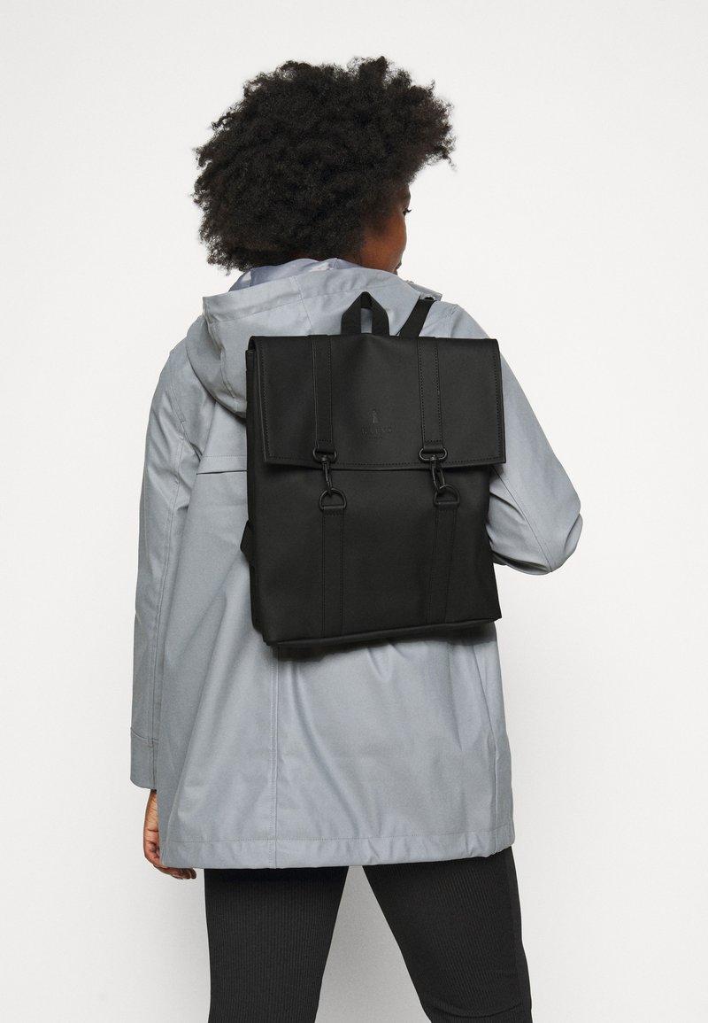 Rains - BAG MINI - Plecak - black