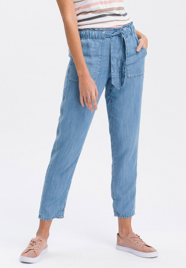 Relaxed fit jeans - mid-blue