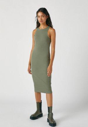 Pouzdrové šaty - mottled dark green