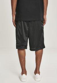 Southpole - Shorts - black/black - 2