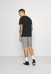 Jack & Jones - JORSIGNATURE TEE CREW NECK 5 PACK - T-shirt med print - white - 2