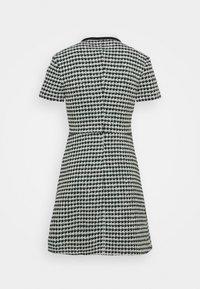 maje - RENAGA - Shirt dress - ecru/vert - 5