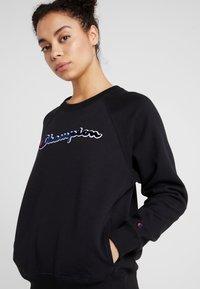 Champion - Sweatshirt - black - 5