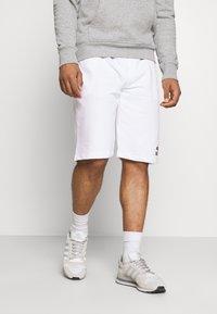Tommy Hilfiger - ONE PLANET UNISEX - Shorts - white - 0