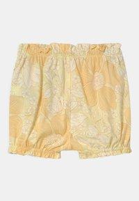 GAP - Shorts - new honeysuckle - 1