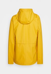 ONLY Tall - ONLTRAIN RAINCOAT - Regnjakke / vandafvisende jakker - yolk yellow - 1