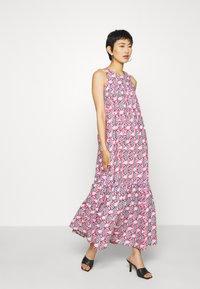 Résumé - ULRIKKE - Maxi šaty - pink - 1