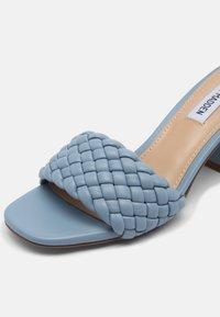 Steve Madden - ASPYN - Heeled mules - slate blue - 7