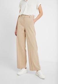 b.young - BYDANTA WIDE LEG PANTS - Trousers - beige - 0