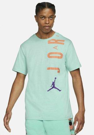 AIR - Print T-shirt - light dew/atomic orange/wild berry