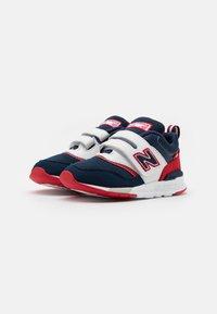 New Balance - IZ997HVP - Sneakers basse - navy/red - 1