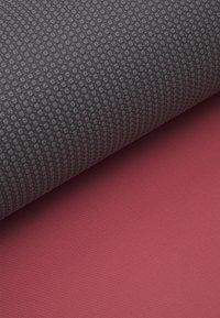 Yogasearcher - COMFORT YOGA MAT 5MM - Fitness/yoga - blush - 3
