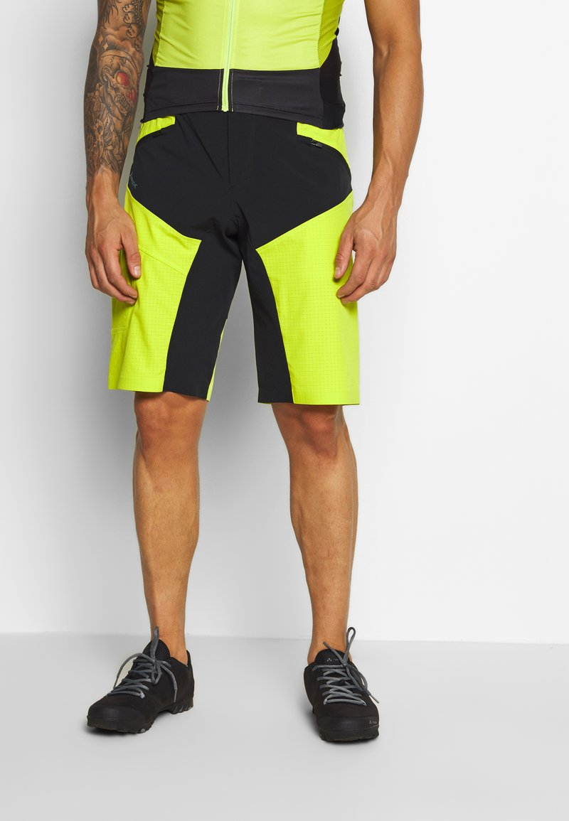 Vaude - ME VIRT SHORTS - Sports shorts - bright green
