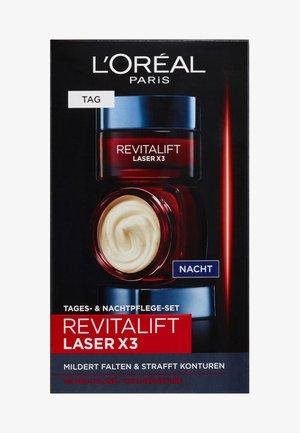 REVITALIFT LASER X3 TAG UND NACHT GESICHTSPFLEGE-SET - Skincare set - -