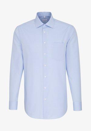 REGULAR FIT - Camisa - light blue