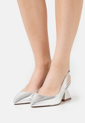 WIDE FIT PIERA - Klassiske pumps - silver