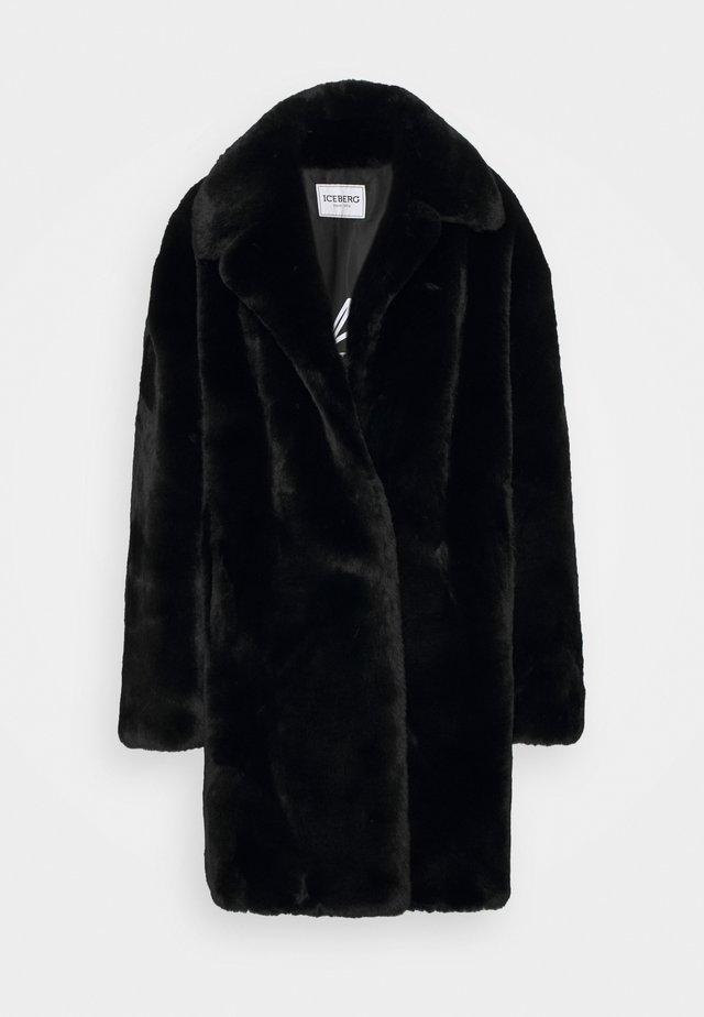 CAPPOTTO TESSUTO - Płaszcz zimowy - black