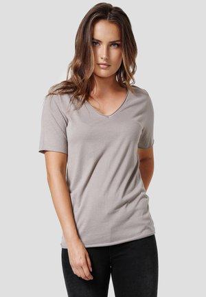 NIVIA - Basic T-shirt - new taupe