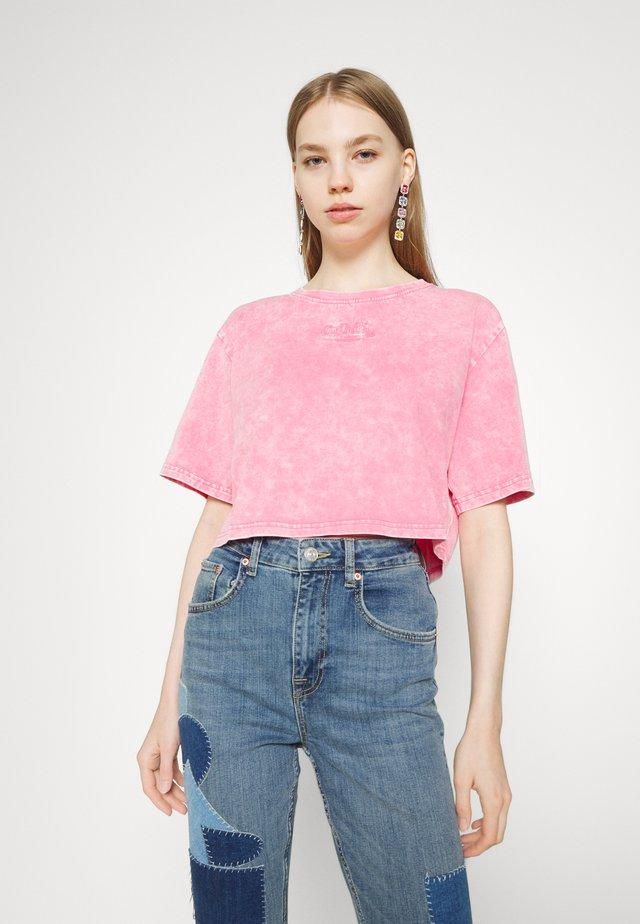 ARIEL - Print T-shirt - pink