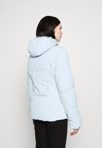 Missguided - SKI JACKET WITH MITTENS AND BUMBAG  - Winter jacket - light blue - 4