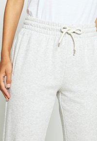GAP - OMBRE - Tracksuit bottoms - light grey - 5