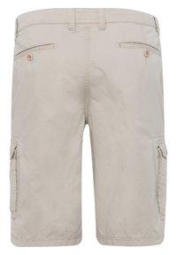 BRAX - STYLE BRAZIL - Shorts - beige - 6