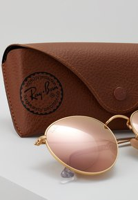 Ray-Ban - 0RB3447 ROUND METAL - Solbriller - brown/pink - 3
