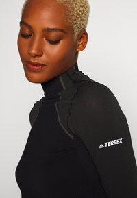adidas Performance - TERREX PRIMEKNIT BASELAYER - Sports shirt - black - 5