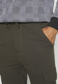 Brave Soul - Teplákové kalhoty - khaki - 5
