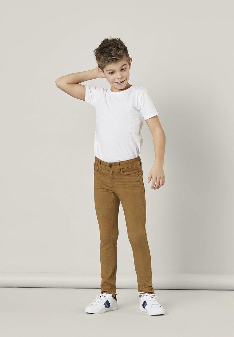 Name it - NKMTHEO  - Slim fit jeans - medal bronze