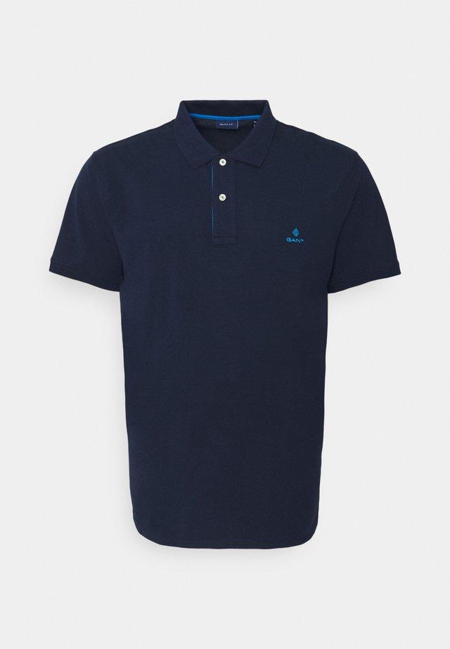 PLUS RUGGER - Polo shirt - classic blue