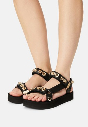 FRANKIE CHAIN - Sandals - black