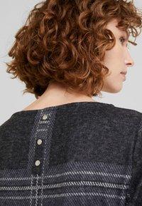 Esprit - SWEAT DRESS - Gebreide jurk - black - 6