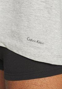 Calvin Klein Underwear - CLASSICS CREW NECK 3 PACK - Camiseta interior - grey - 5
