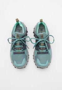 Salomon - MADCROSS  - Trail running shoes - trellis/india ink/yucca - 3