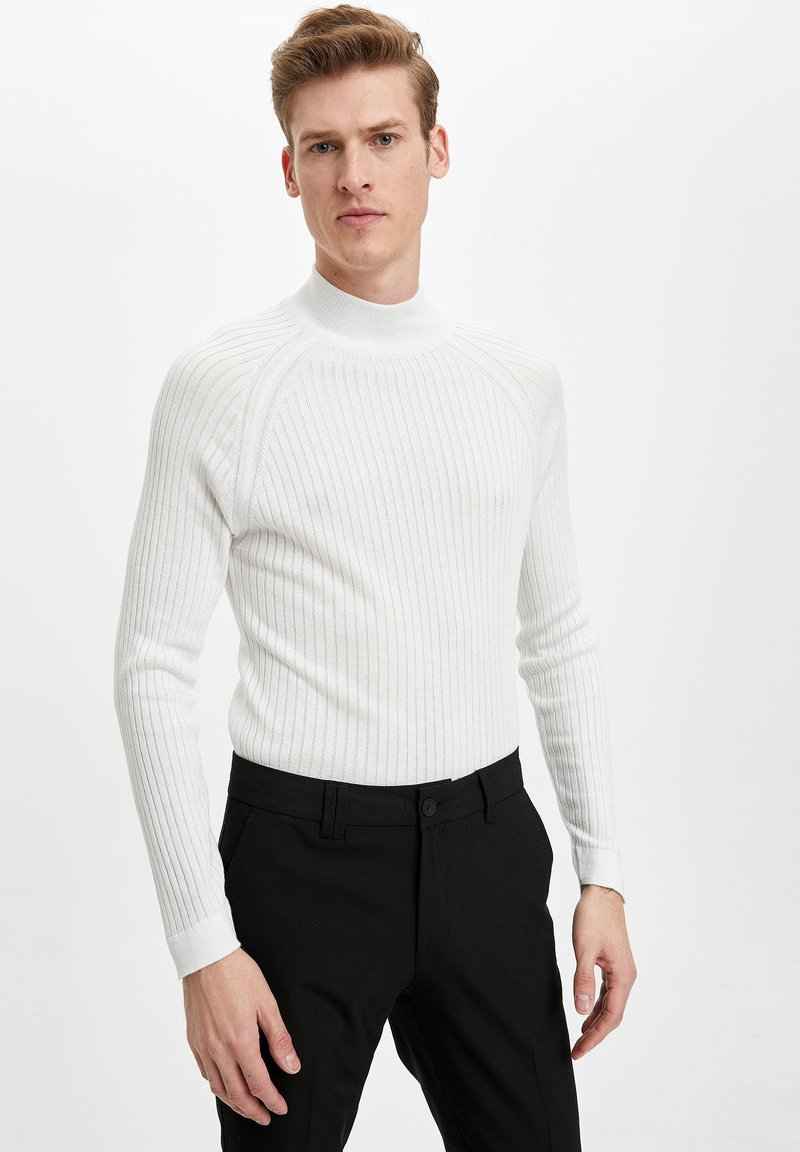 DeFacto - Jumper - white