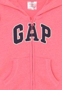 GAP - LOGO - Zip-up sweatshirt - sassy pink - 2