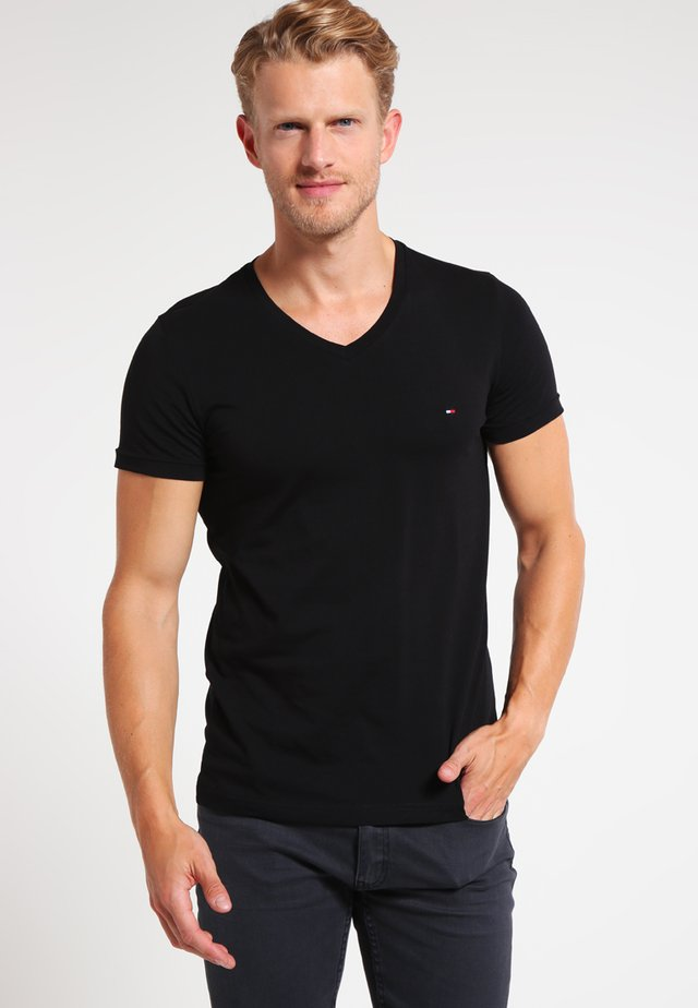 T-shirt basic - flag black