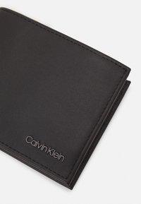 Calvin Klein - BIFOLD BILL - Peněženka - black - 3