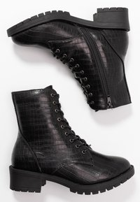 Bianco Wide Fit - WIDE FIT BIACLAIRE CRYSTAL BOOT - Nauhalliset nilkkurit - black - 3