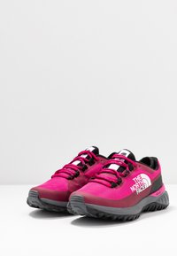 The North Face - ULTRA TRACTION - Zapatillas de trail running - pink/black - 2