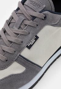 Hackett London - YORK EYELET TRAINER - Trainers - grey - 5